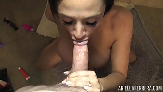 Right after fingering herself busty babe Ariella Ferrera gives exact freak