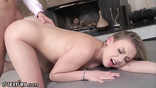 Cute stepdaughter takes hose down up her butt like a champ and she's got a nice ass
