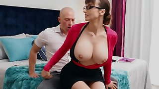 Nerdy MILF less big chest thinks sex is the best therapy be required of stud