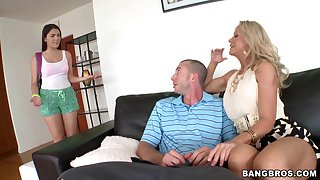Serendipitous man fucks his join in matrimony Valentina Nappi together with her friend Simone Sonay