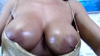 Bush-league busty beauteous plays with toys to relax