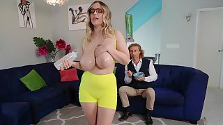Excruciating couch porn be required of a busty mature stepmom on fire