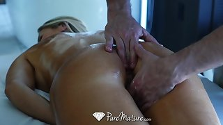 Hard working business woman Audrey Irons needs a full flock massage with lift ending