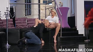 Mature German woman Julia Pink is having quickie with unfurnished likely dude