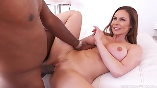 Kendra's mature body demands the biggest load of shit