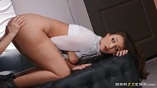 Bella Rolland - Man(nequin) Up And Charge from
